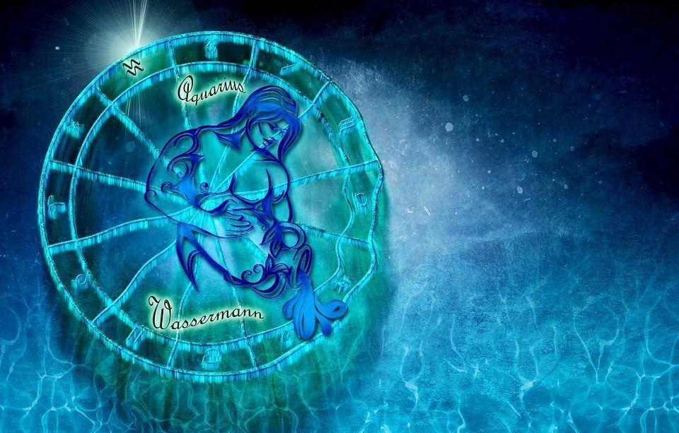Камень Водолея женщины и мужчины по знаку зодиака и дате