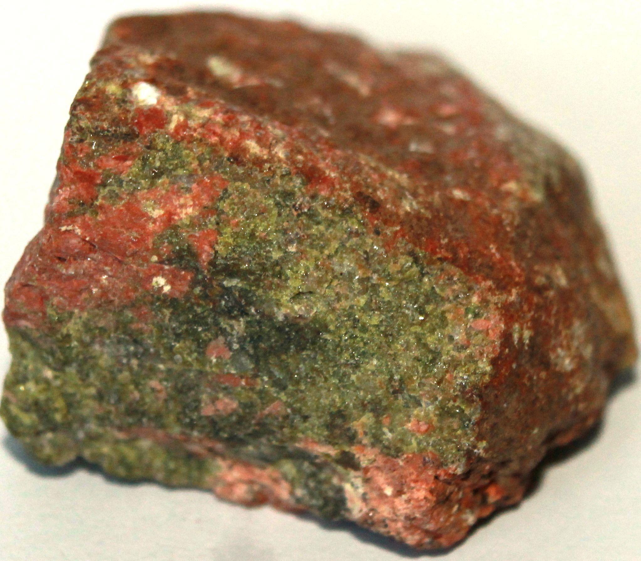 Яшма унакит камень свойства